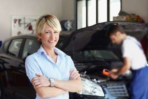 trustworthy mechanic and female customer, allen, tx